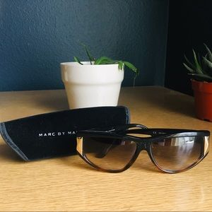 Marc by Marc Jacobs MMJ 068/S Sunglasses